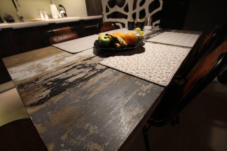 stół : styl , w kategorii Jadalnia zaprojektowany przez projektowanie wnętrz,Industrialny