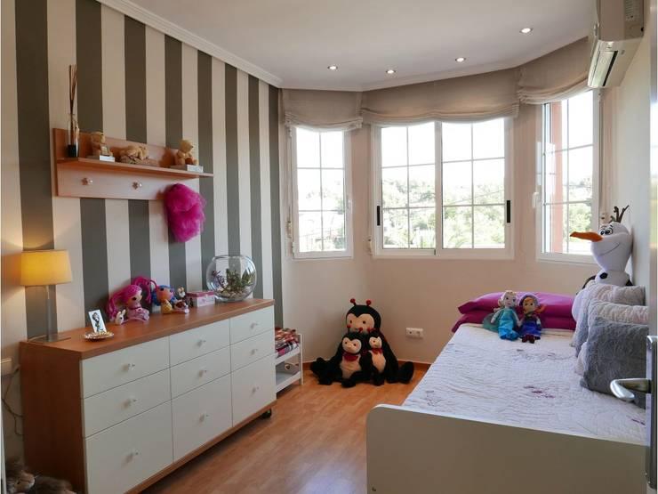 Santa Rosa Lima: Dormitorios infantiles de estilo moderno de MOBIMAR INTERIORISMO