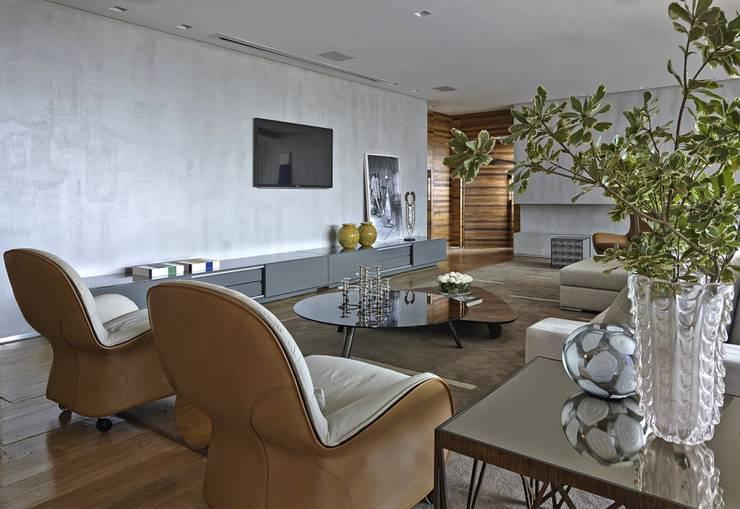 LA10: Casas modernas por David Guerra Arquitetura e Interiores