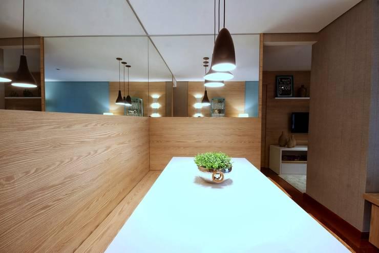 Столовые комнаты в . Автор – MeyerCortez arquitetura & design,