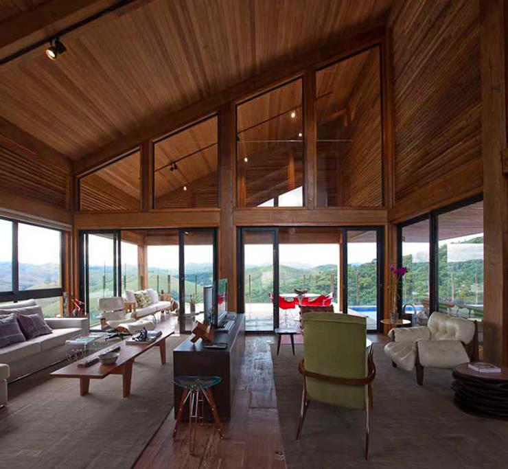 Projekty,  Domy zaprojektowane przez David Guerra Arquitetura e Interiores