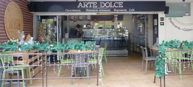 ARTE DOLCE: Locales gastronómicos de estilo  por TEPUI Arquitectura e Ingeniería