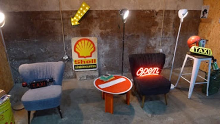 Peças Cantinho do Vintage 09.01.2016: Sala de estar  por Cantinho do Vintage