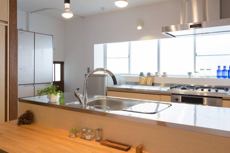 Cocinas de estilo  por リノクラフト株式会社
