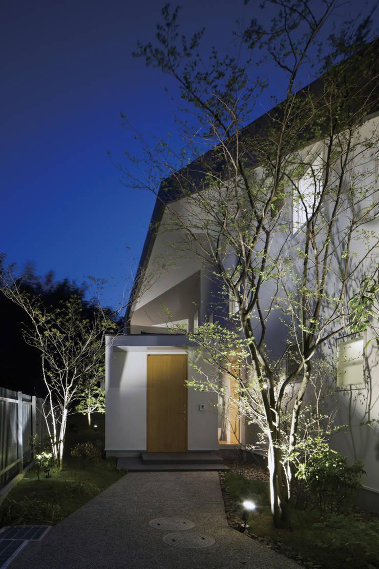S様邸: WA-SO design    -有限会社 和想-が手掛けた庭です。