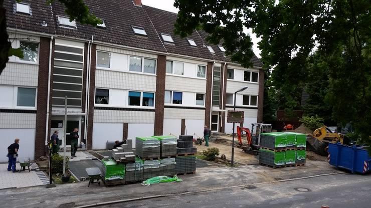 Neupflasterung von Parkplatzflächen:  Häuser von Garten- und Landschaftsbau Gartenservice Schwanewede