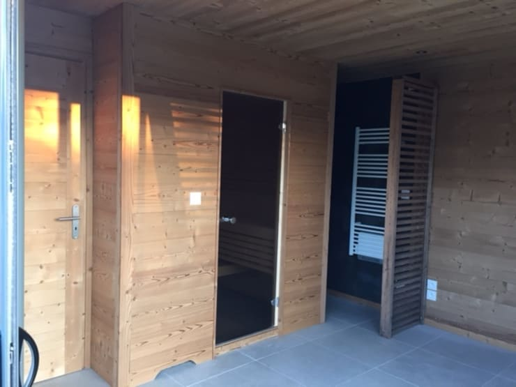 Spa door homify