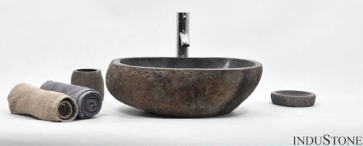 Umywalki kamienne i akcesoria River Stone: styl , w kategorii Łazienka zaprojektowany przez Industone.pl