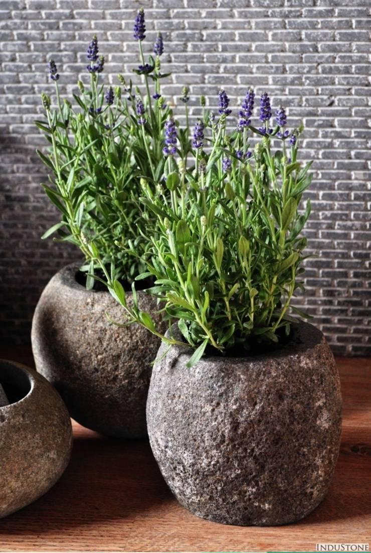 Umywalki kamienne i akcesoria River Stone: styl , w kategorii Zieleń wewnątrz zaprojektowany przez Industone.pl