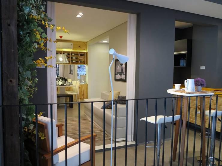 Decorado 49m²: Terraços  por Fabiana Rosello Arquitetura e Interiores