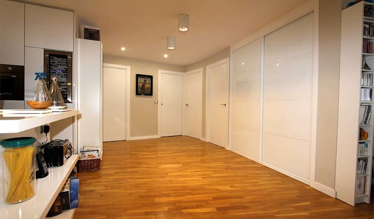 Salas de estilo  por MOBIMAR INTERIORISMO