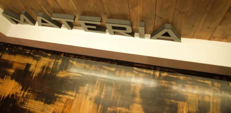 mesa de atencion de modulo cinco arquitectura Moderno
