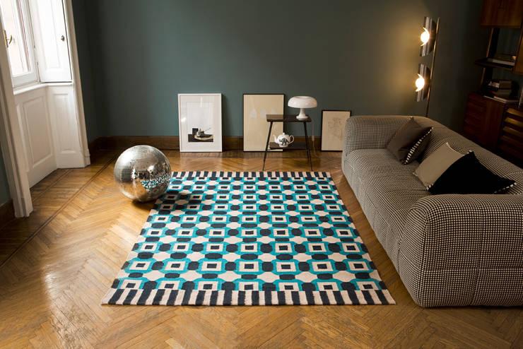 Walls & flooring by Ámbar Muebles