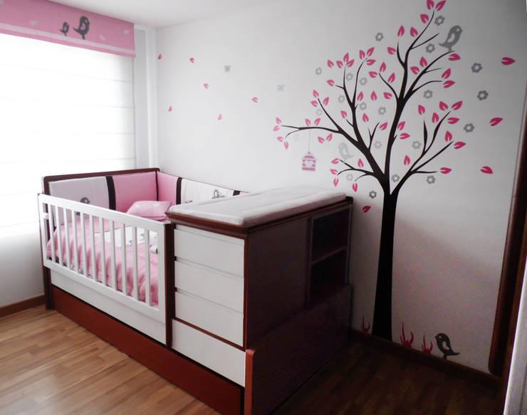 Habitación Infantil: Dormitorios de estilo  por Fiordana Diseño Interior