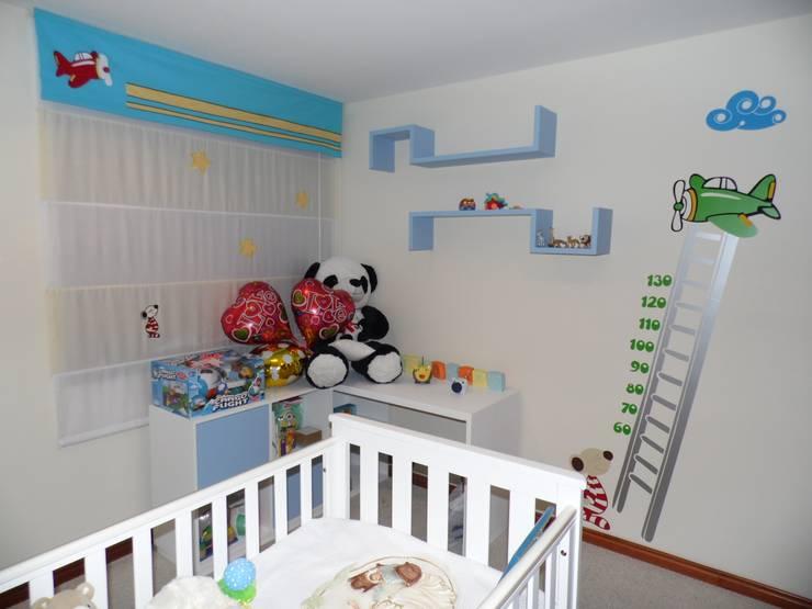 Decoración de espacios interiores: Dormitorios de estilo  por Fiordana Diseño Interior
