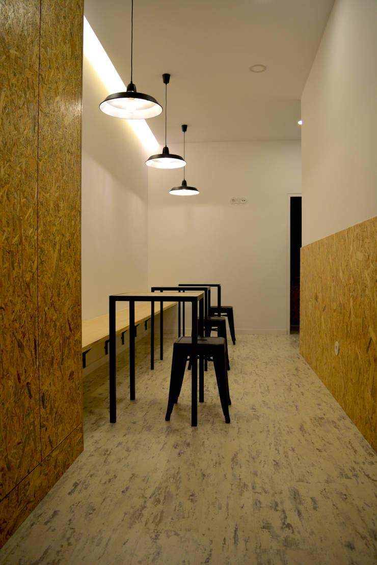 Tapas na Pastelaria: Espaços de restauração  por Tó Liss