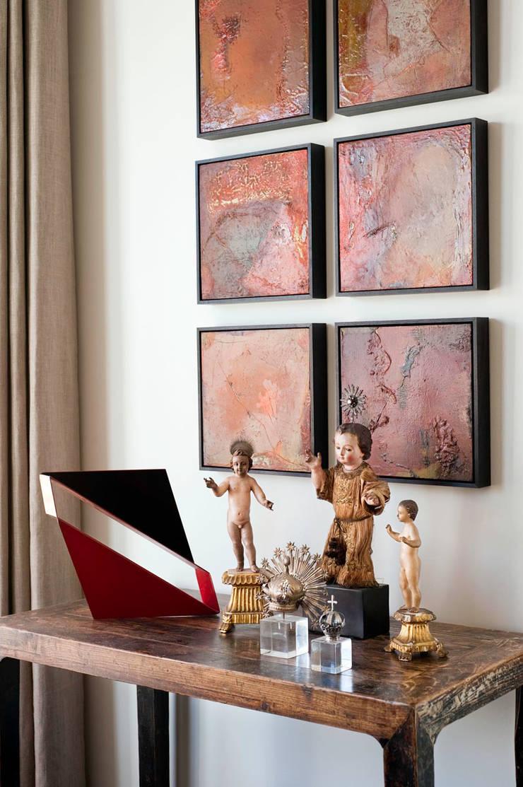 Casa em Sao Francisco – Potrero Hill: Salas de estar  por Antonio Martins Interior Design Inc