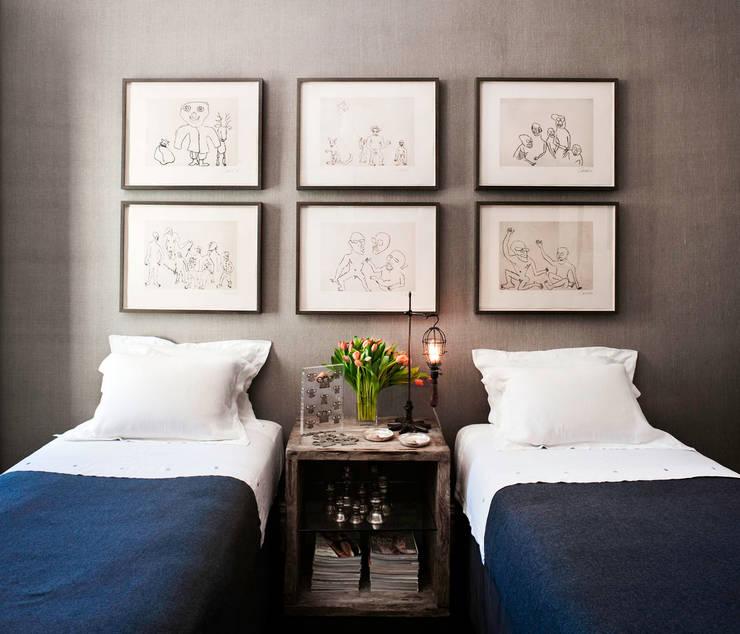 Casa em Sao Francisco - Potrero Hill: Quartos ecléticos por Antonio Martins Interior Design Inc