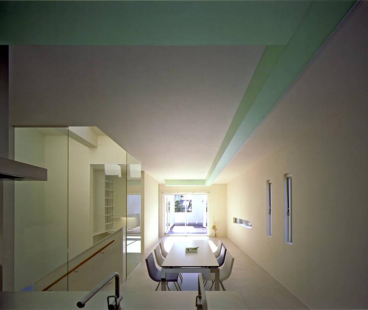 Y-house 「天空の家」: Architect Show co.,Ltdが手掛けたダイニングです。