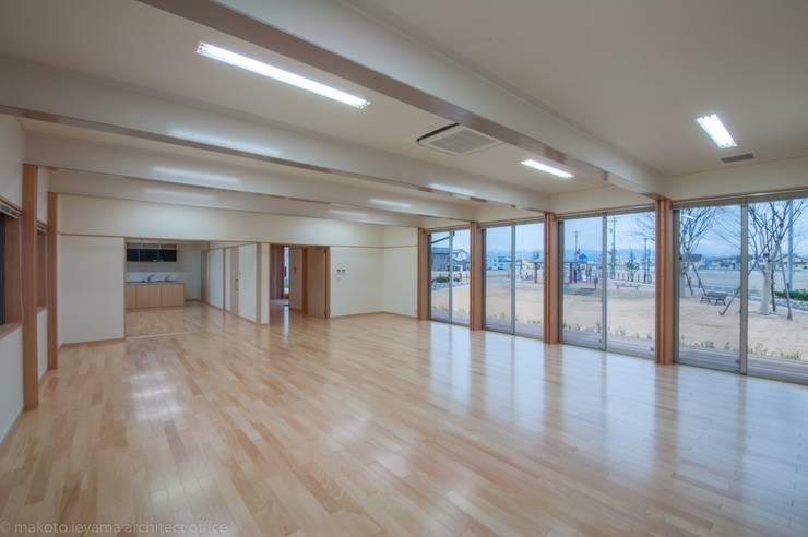 大会議室: 家山真建築研究室 Makoto Ieyama Architect Officeが手掛けた和室です。