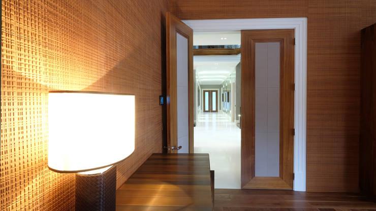 Bathroom by Keir Townsend Ltd., Modern