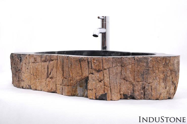 Umywalki kamienne i mozaika Fossil Wood: styl , w kategorii  zaprojektowany przez Industone.pl,Egzotyczny