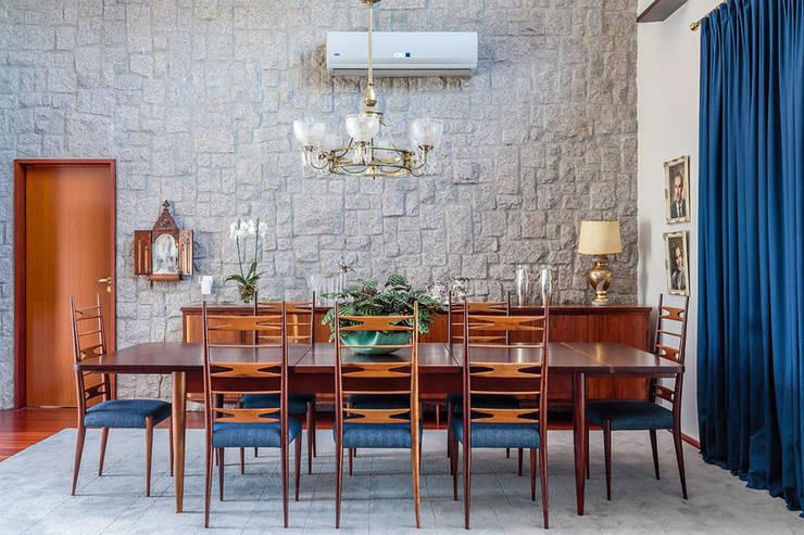 Residência Londrina 3: Salas de jantar  por Antônio Ferreira Junior e Mário Celso Bernardes