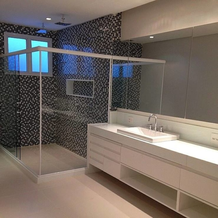 Banheiros : Banheiros  por Duplex Interiores