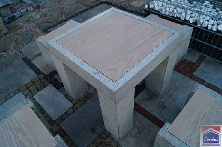 """Betonowy Stół """"Concrete+Wood Table Set"""": styl , w kategorii  zaprojektowany przez Kamienie Naturalne Chrobak ,Nowoczesny"""