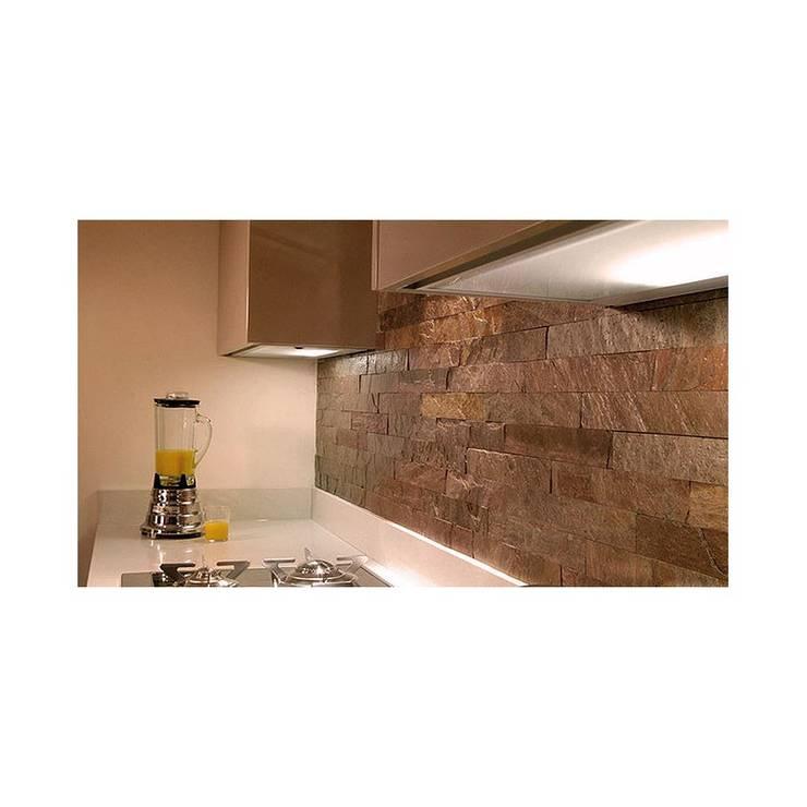 Kwarcyt Cooper Natural: styl , w kategorii Ściany i podłogi zaprojektowany przez Kamienie Naturalne Chrobak
