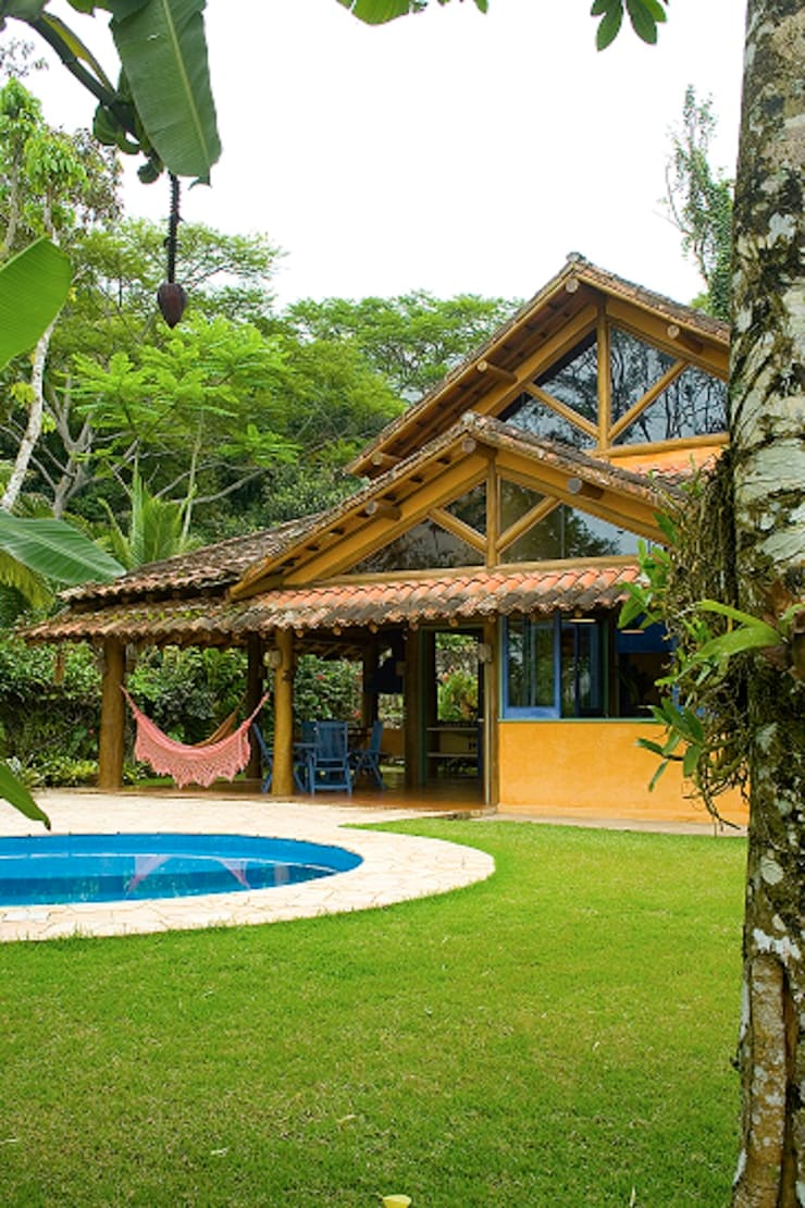 RESIDÊNCIA MM: Casas  por MADUEÑO ARQUITETURA & ENGENHARIA