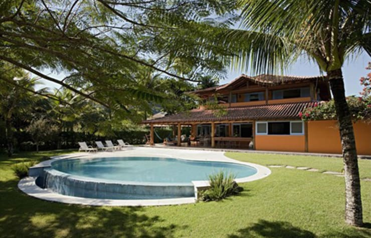 RESIDÊNCIA AG: Casas  por MADUEÑO ARQUITETURA & ENGENHARIA