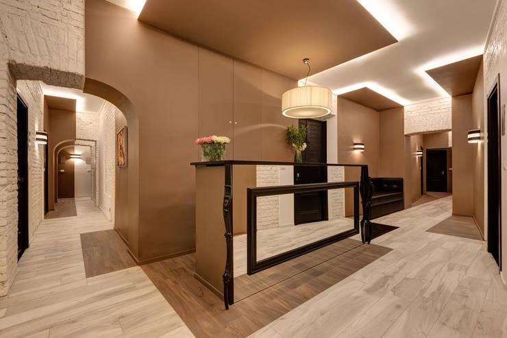 Reception: Hotel in stile  di FAUSTO DI ROCCO ARCHITETTO