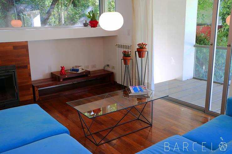 Mesa Ratona RAVAL: Livings de estilo  por Barcelò. diseño en hierro