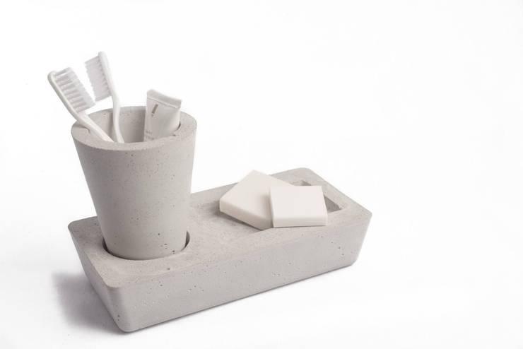 Kit de baño: Hogar de estilo  por EssE deconcreto