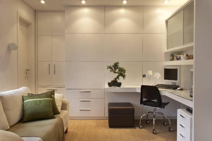 Elisabete Primati Arquitetura의  서재 & 사무실