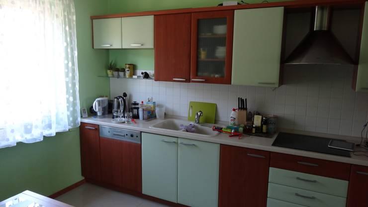 Metamorfoza poddasza domku jedorodzinnego: styl , w kategorii Kuchnia zaprojektowany przez Tektura Studio Katarzyna Denst,Nowoczesny