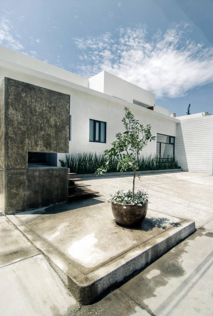 SERES CENTRO HOLÍSTICO: Comedores de estilo  por TAQ arquitectura