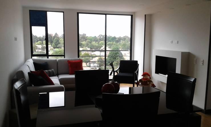 APTO. CEDRITOS – BOGOTA – 2015: Salas de estilo  por MS - CONSTRUCCIONES MARIO SOTO & Cìa S.A.S.