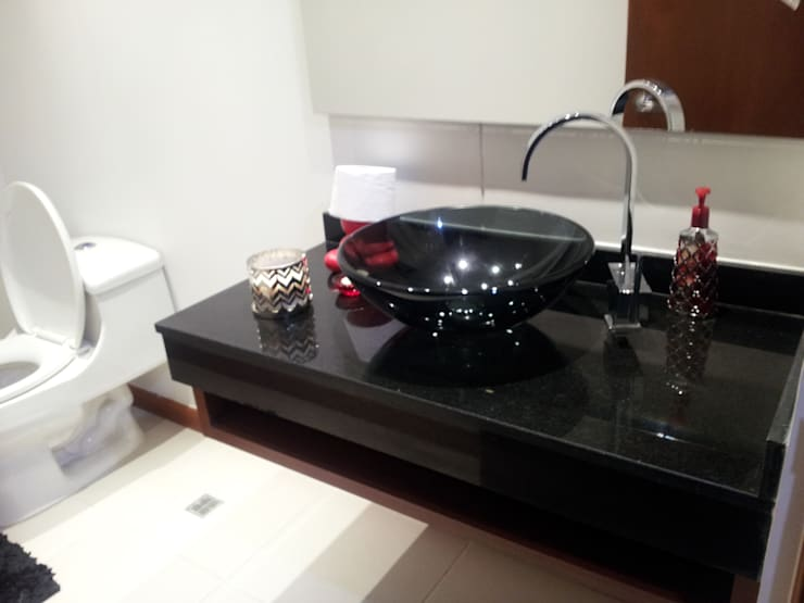 APTO. SIERRAS DEL ESTE - BOGOTA COLOMBIA: Baños de estilo  por MS - CONSTRUCCIONES MARIO SOTO & Cìa S.A.S.