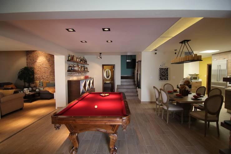 Bilbaoo Residencial : Cavas de estilo ecléctico por Lo Interior