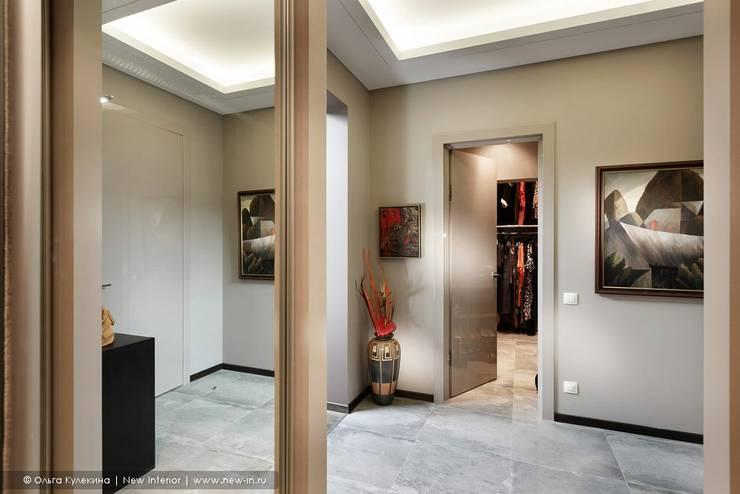 Pasillos, halls y escaleras escandinavos de Ольга Кулекина - New Interior Escandinavo