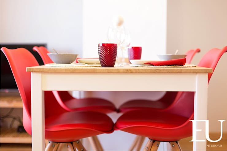 APARTAMENTO TURÍSTICO PRÍNCIPE REAL - LISBOA: Salas de jantar  por EU INTERIORES