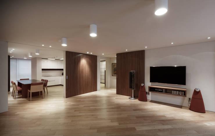 Living room by Qua.D, Modern