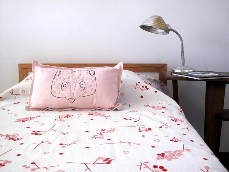 modern  by bla bla textiles, Modern Cotton Red