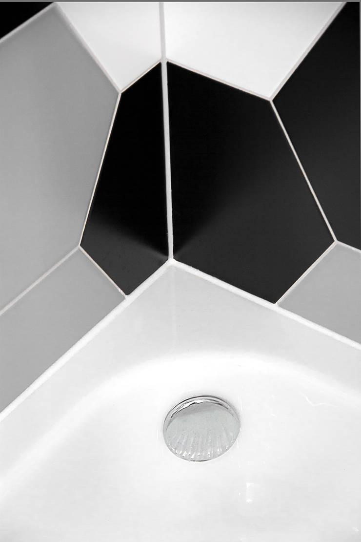Detal - brodzik: styl , w kategorii  zaprojektowany przez DoMilimetra