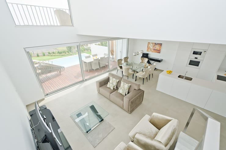 Living room by Simple Taste Interiors