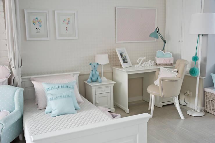 Design for older children.: styl , w kategorii Powierzchnie handlowe zaprojektowany przez Caramella