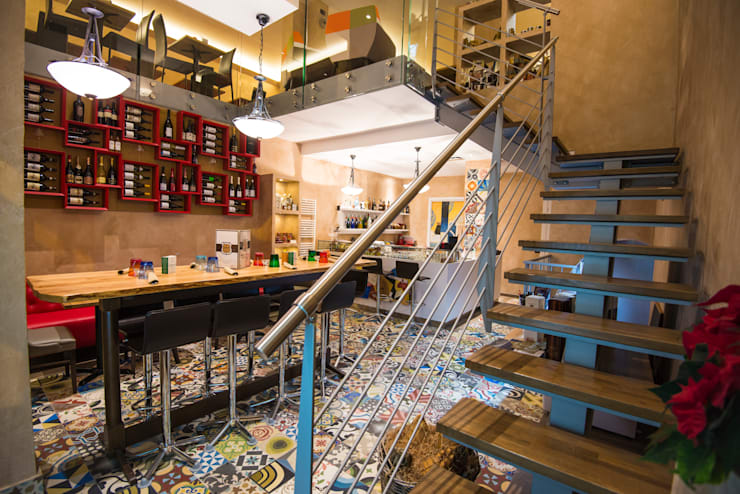 Patchwork Multicolor: Parede e piso  por MOSAIC DEL SUR