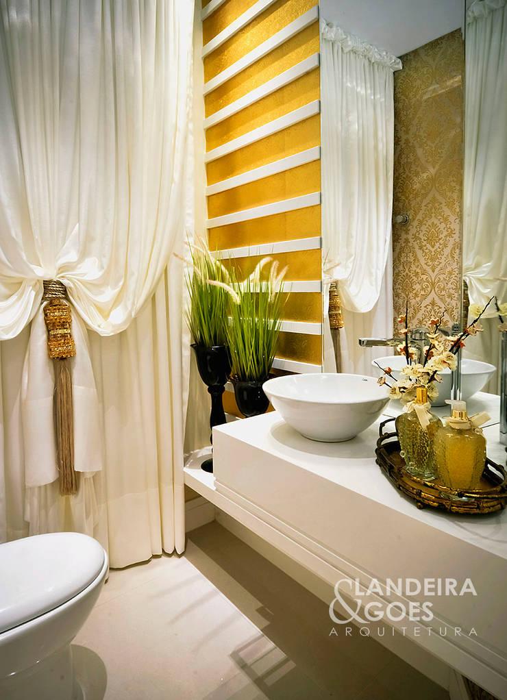 Apartamento Decorado – Itapema/SC: Banheiros  por Landeira & Goes Arquitetura,Moderno